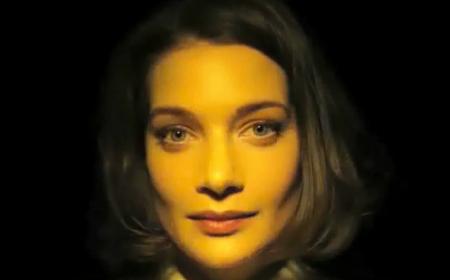 come colori e luci modificano l'espressione di un volto